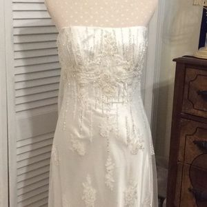 NWOT Heavily beaded Maggie Soterro Couture- sz. 10